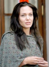 Angelina Jolie, fără machiaj 9