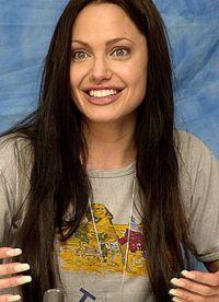 Angelina Jolie, fără machiaj 2