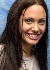 Angelina Jolie, fără machiaj 5