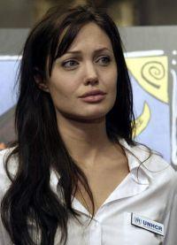 Angelina Jolie, fără machiaj 8