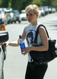 Avril Lavigne fără make-up 3