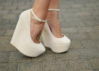 белые туфли на танкетке 10