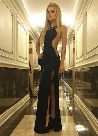 Эрика Герцег в черном платье