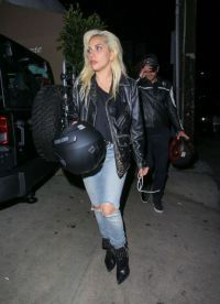 На публике Брэдли и Гага пересекались всего лишь дважды