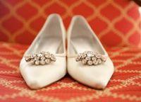 Cвадебные туфли на низком каблуке 8