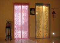Декоративные шторы на дверной проем13
