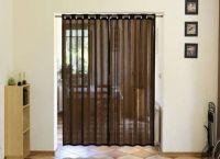 Декоративные шторы на дверной проем2