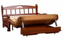 Диван с деревянными подлокотниками 2