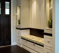 Дизайн коридора в частном доме3