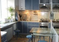 Кухня в однокомнатной хрущевке -2