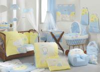 Дизайн спальни с детской кроваткой17