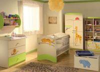Дизайн спальни с детской кроваткой18