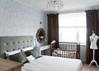 Дизайн спальни с детской кроваткой1