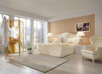 Дизайн спальни в светлых тонах7