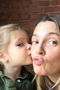 Дрю с 3-летней Оливией