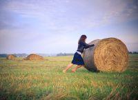 фотосессия в поле в платье 1