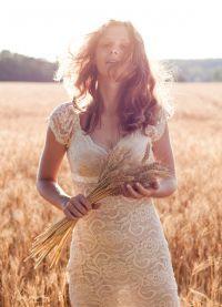 фотосессия в поле в платье 5