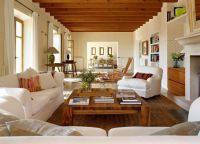 Интерьер гостиной в частном доме2