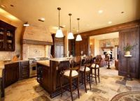 Интерьер гостиной в деревянном доме2