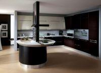 Интерьер кухни в частном доме15