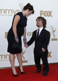Питер Динклэйдж с беременной супругой
