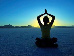 Йога: фитнес, пилатес, для похудения