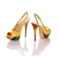 К чему снится женская обувь?