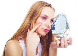 как да почистите лицето на акне