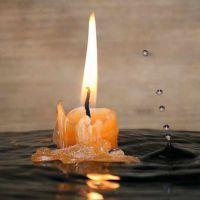 Как освятить воду дома?