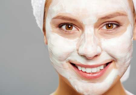Содовая маска очищает кожу лица и снимает воспаление