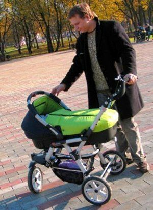 Как правильно выбрать коляску для новорожденного?