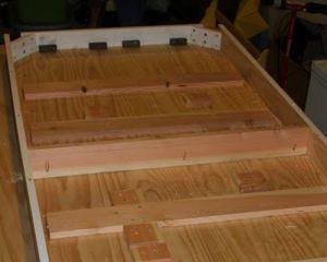 Как сделать стол из дерева своими руками 27