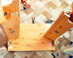 Как сделать стол из дерева своими руками6