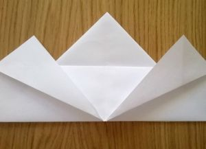 Как сложить бумажные салфетки для сервировки стола 8