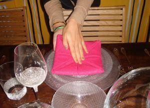 Как сложить салфетки для сервировки стола 12