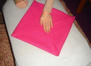 Как сложить салфетки для сервировки стола 3