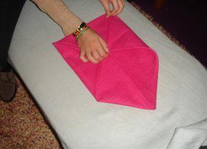 Как сложить салфетки для сервировки стола 5