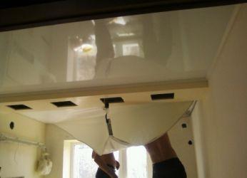 Как снять натяжной потолок5