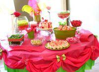 Как украсить детский стол на день рождения 1