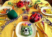 Как украсить детский стол на день рождения 3