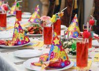 Как украсить детский стол на день рождения 5
