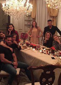 masă festivă de familie Hadid