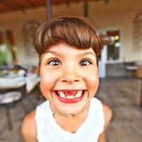 Как выглядит зубная фея?