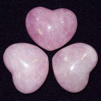 Камень розовый кварц – свойства, кому подходит