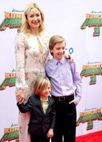 Актриса с сыновьями
