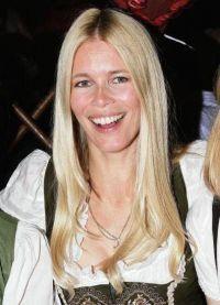 Claudia Schiffer fara machiaj 7