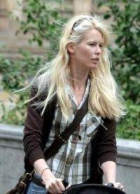 Claudia Schiffer fara machiaj 8