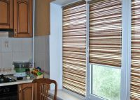 Красивые шторы на кухню2