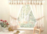 Красивые шторы на кухню6