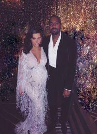 Gravide Kim și Kanye West